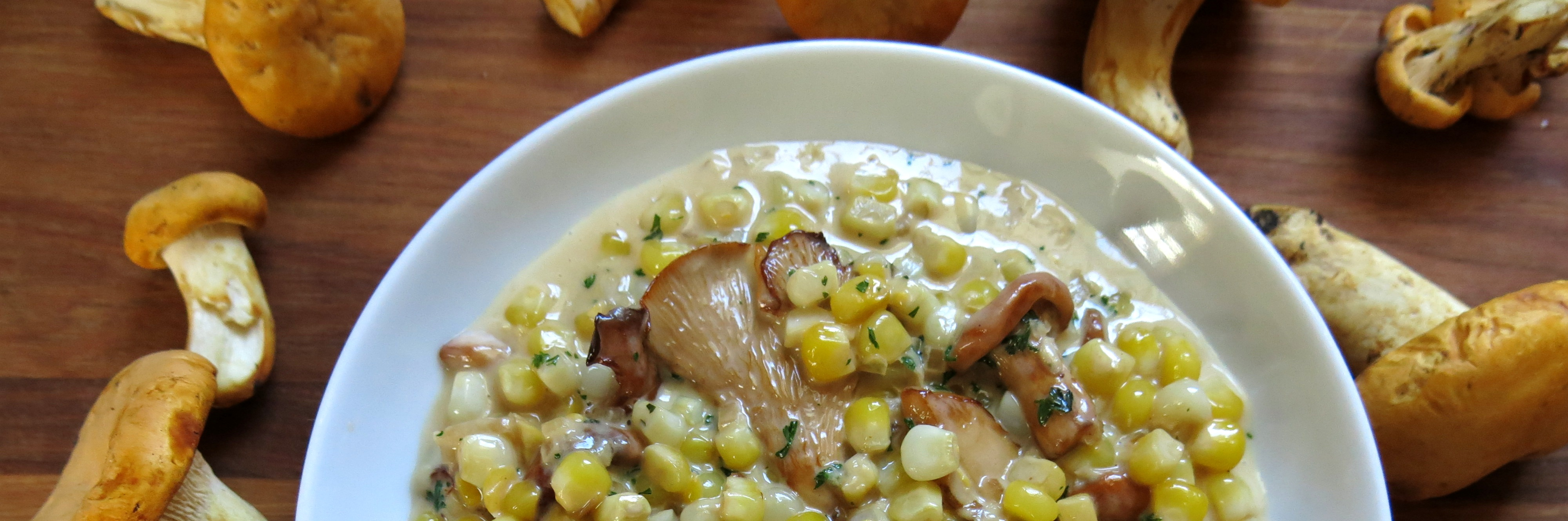 Creamed chanterelles and sweet corn recipe