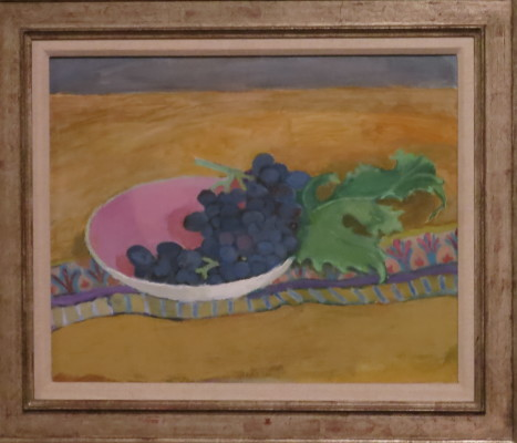 Your classic bowl of grapes