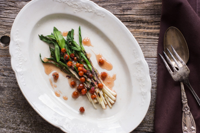Grilled-Ramps-with-rowanberries-and-wild-peppermint