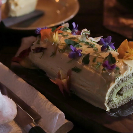 Wild rice cake and knotweed mousse roulade