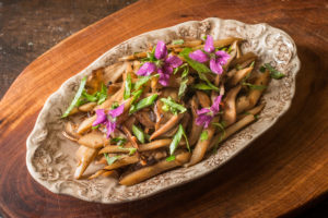 Braised burdock and pheasant back mushrooms recipe
